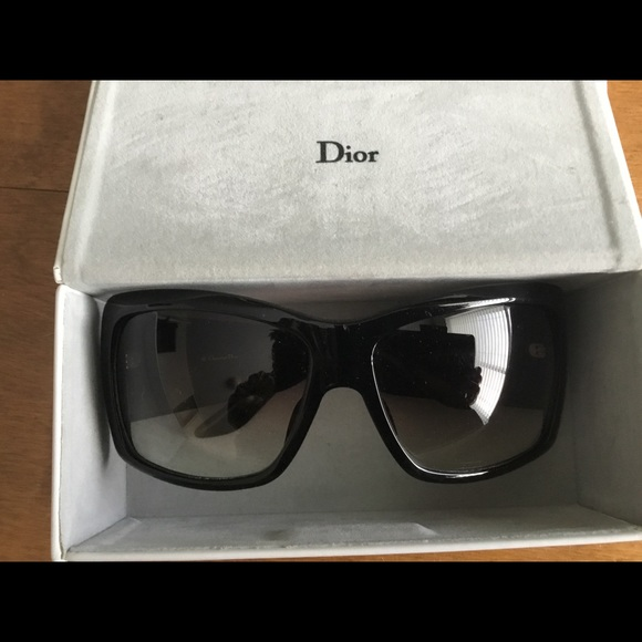 Dior Accessories - Christian Dior sunglasses